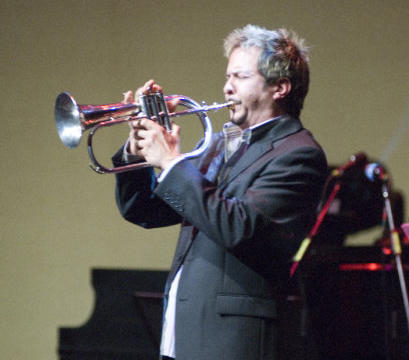 Gabriel performing at Candian Smooth Jazz Awards 2007
